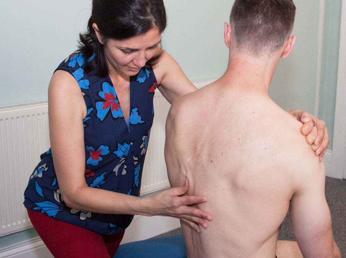 Expert chiropractic treatment for treating back pain